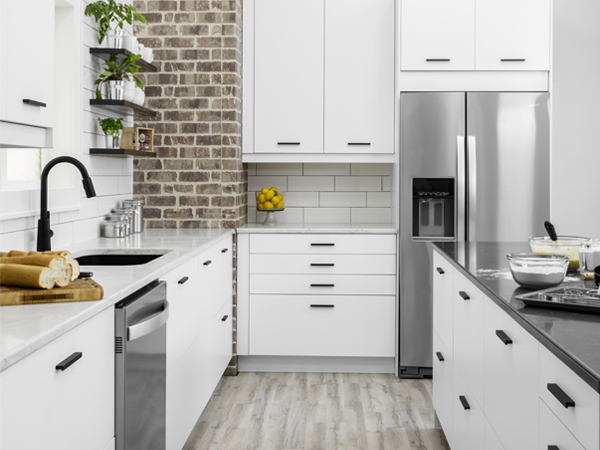 Oland White Klearvue Cabinetry